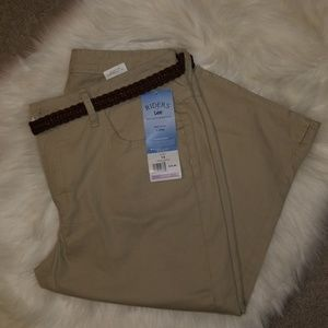 Riders By Lee Mid-Rise Capris! Khaki Size 14M